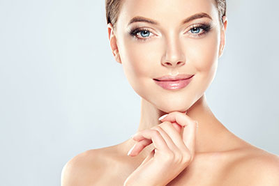 The Mesoeclat method consists of three complementary systems, whose aim is to Stimulate the renewal of the surface layers of the epidermis Increase the luminosity of the skin MoisturiseMesoeclat facial Skin Rejuvenation and Pigmentation Treatment