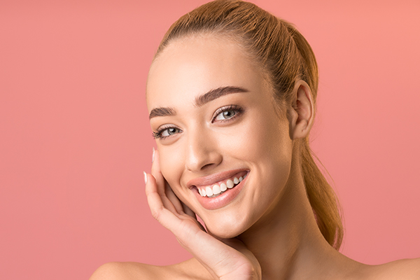 Using Dermal Fillers to Look More Feminine