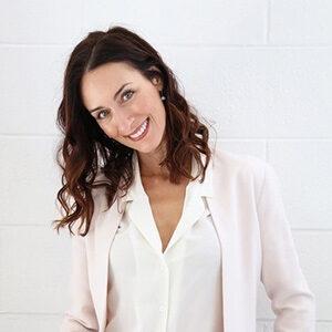 Nicole Skin specialist